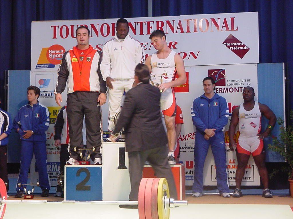 Podium masculin: 1er Venceslas DABAYA (France), 2ème Almir VELAGIC (Allemagne) et 3ème  le junior Jean Baptiste BARDIS (France)
